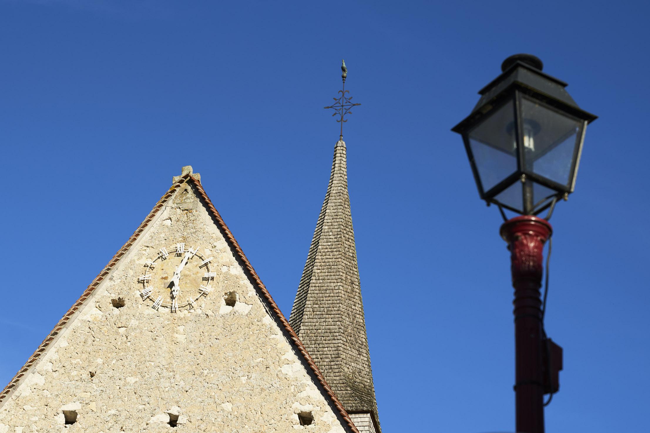 Clocher de l'église de Saint Georges de la Couée, visite touristique en Sarthe à découvrir
